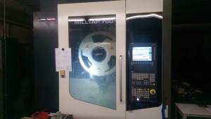 Unser neues Bearbeitungszentrum DMG MillTap 700 für noch mehr Präzision und Qualität.